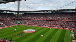 Das RheinEnergieSTADION des 1. FC Köln